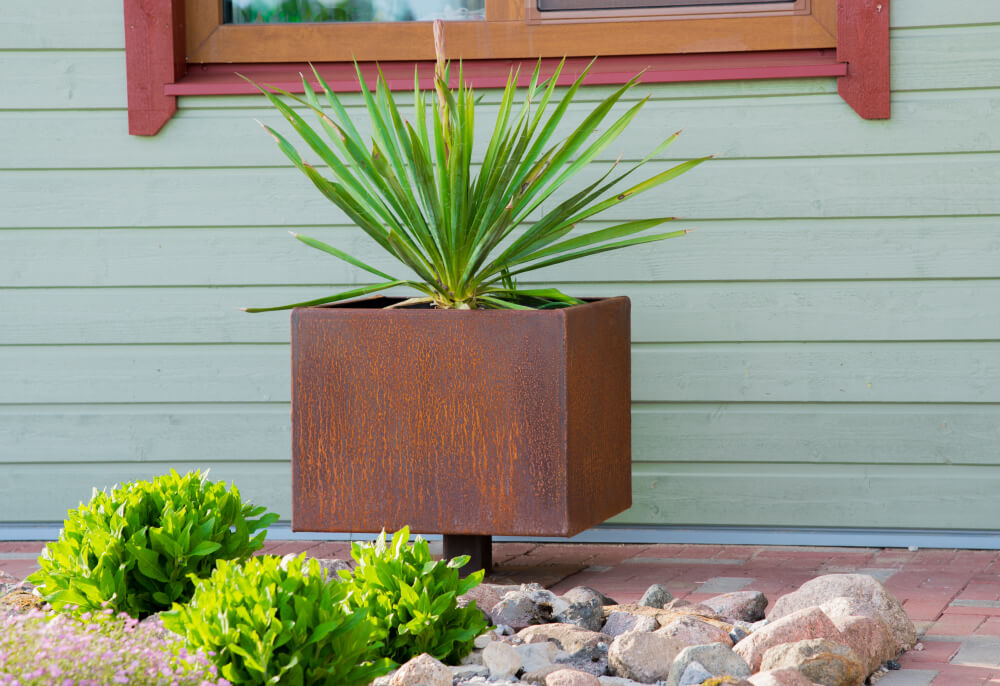 GrillSymbol Cor-Ten Steel Flower Pot Ulla L